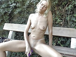 Perfect Blond Bitch fucked up her Ass!!
