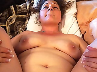 Wife Lynn Cumming