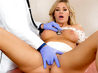 Huge boobs coed Jessa Rhodes fucked during her checkup