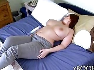 Teen with plump body and big tits loves getting fucked