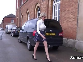 Unfaithful british mature lady sonia displays her massive balloons