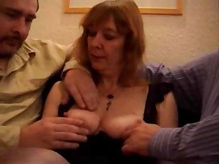 Grown-up British whore does a Double drilling