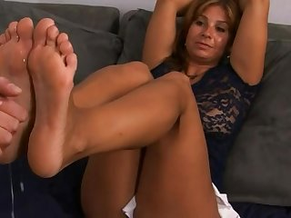 Nancy Footjob Cumblast