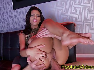 Latin sluts feet spunked