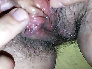 Homemade Granny Clit Massage, Fingering, Moaning And Orgasm