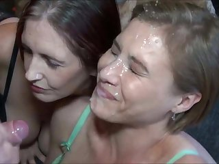 Amazing Endless Cumshot on Hot Milf Face