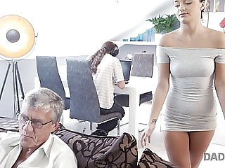 DADDY4K. Guy is occupied with computers so why GF Erica Blac