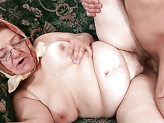 86 years old cubby hairy mom rough fucked by her toyboy