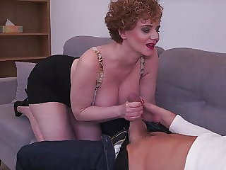 Busty mature mom makes bad coffee but good sex